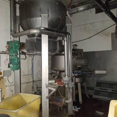 Paunch-intestine cutter & washer